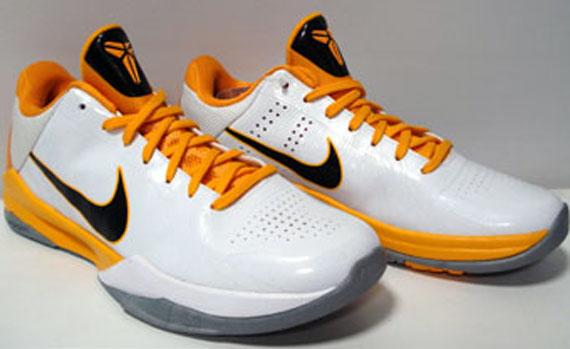 Nike Zoom Kobe 5 V White Del Sol