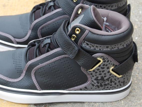 adidas Originals Adi Rise Mid - Light Black - Iron - White ... bec95668a