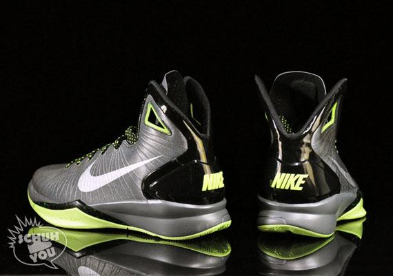 8b6c89184e0 Nike Hyperdunk 2010 - Black - Metallic Silver - Dark Grey - Volt ...