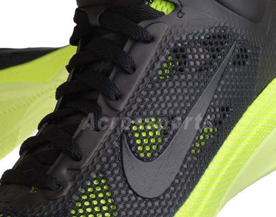 3f767a2fd6b5 Nike Zoom Hyperfuse - Black - Volt