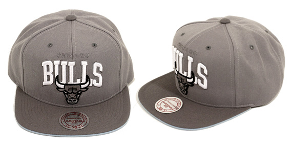 ab0efb792d3 80%OFF EASTWEST x Mitchell amp Ness Cool Grey Chicago Bulls Hat ...