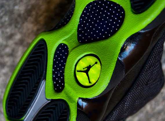 release date c5f3c 3269c Air Jordan XIII (13) Retro GS –  Altitude    Available Early on eBay