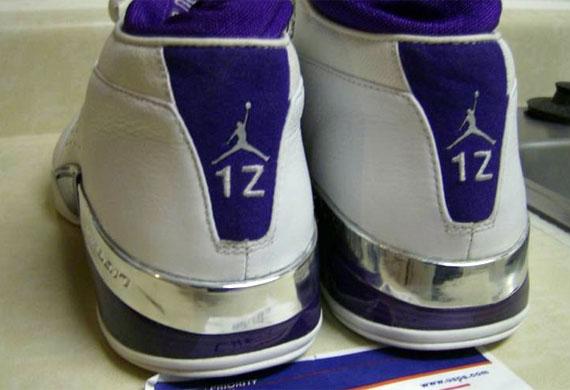 66549da954b4 Air Jordan XVII (17) Low – Mike Bibby Kings PE - SneakerNews.com