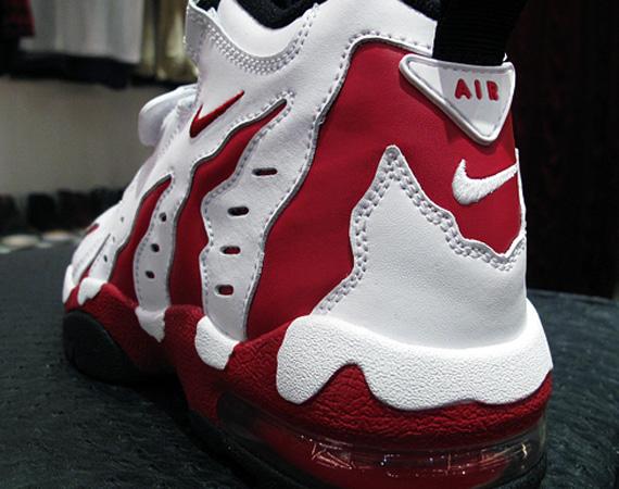 0a6d240a097442 Nike Air DT Max 96 LE – White – Varsity Red – Black