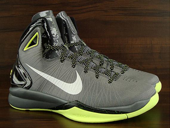 0b52647ed12a Nike Hyperdunk 2010 – Black – Metallic Silver – Volt