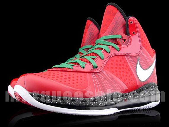 hot sale online e52f3 c3ac0 30%OFF Nike LeBron 8 V2 Christmas New Images