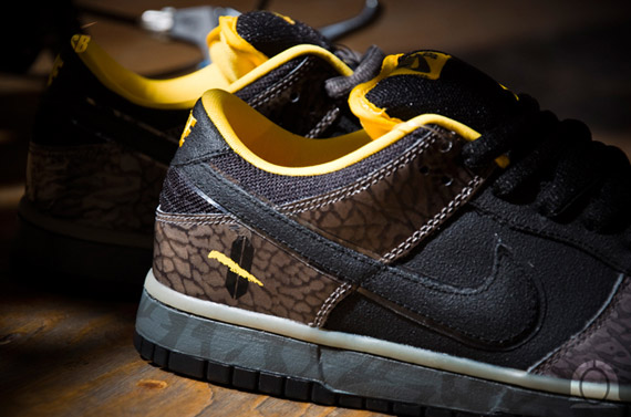 nike dunk nylon baskets hi - Nike SB Dunk Low Premium \u0026#39;Yellow Curb\u0026#39; - December 2010 ...
