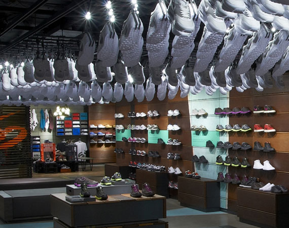 herida llave inglesa Dentro  NikeTown London - Largest Nike Store in the World - SneakerNews.com
