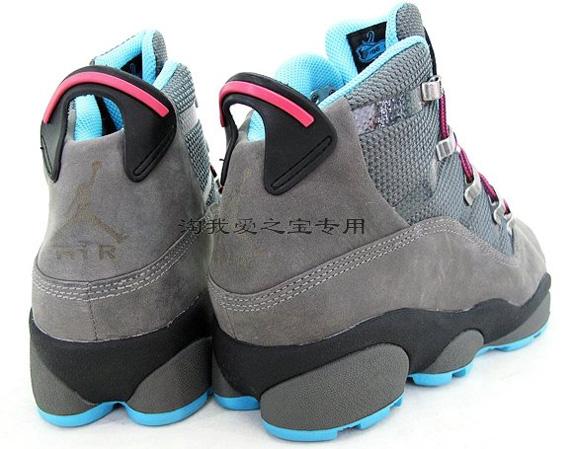 Color: Cool Grey/Chlorine Blue-Black-Spark
