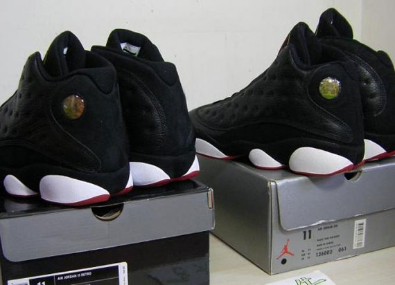 2bcd516ef8f Air Jordan XIII 'Playoffs' – 1998 OG vs. 2010 Retro – Comparison ...