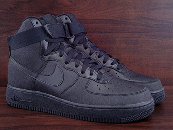 black nike air force 1 high