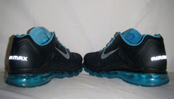 Nike Air Max 2011 - Black - Metallic Silver - Chlorine Blue