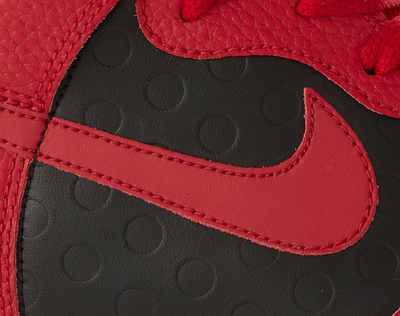 premium selection 270c5 1c1a2 Nike Dunk High – Black – Red – White  January 2011