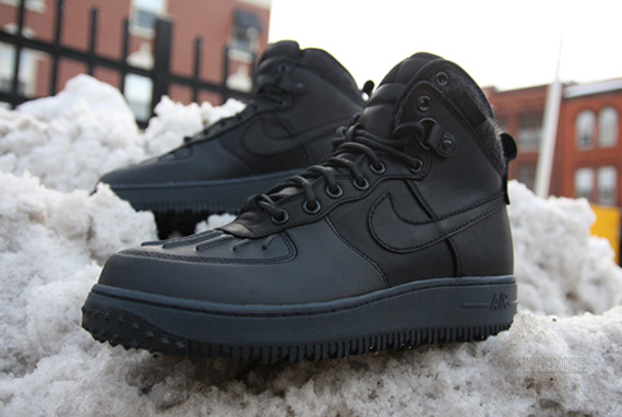Air Force 1 High Black On Feet