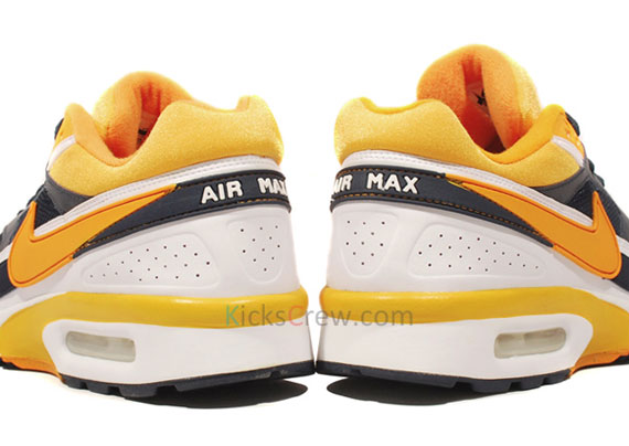4451635591 nike air classic bw obsidian circuit orange
