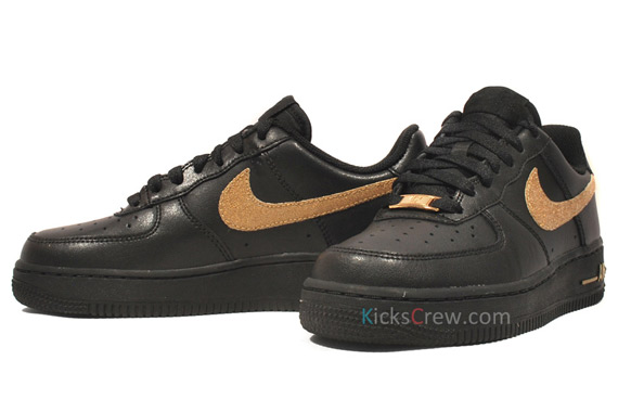 Black And Gold Air Force 1  84830700c