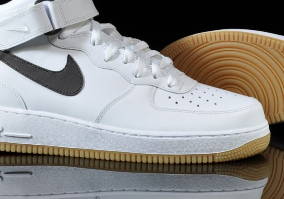 super popular db53d ac684 Nike Air Force 1 Mid – White – Velvet Brown   March 2011 ...