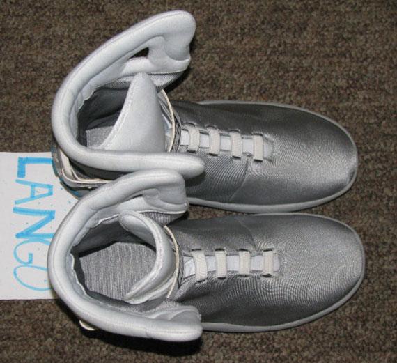 f1b01730d0ab96 Nike Air Mag Custom Replica – Available on eBay - SneakerNews.com