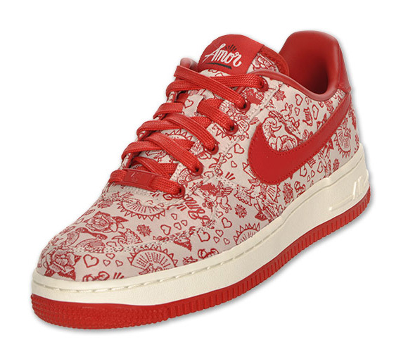 the best attitude 3946b 8d4df best Nike WMNS Air Force 1 Low   Amor   Available