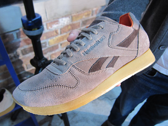 De hecho Notable Faceta  Reebok Classic Leather Crepe - SneakerNews.com