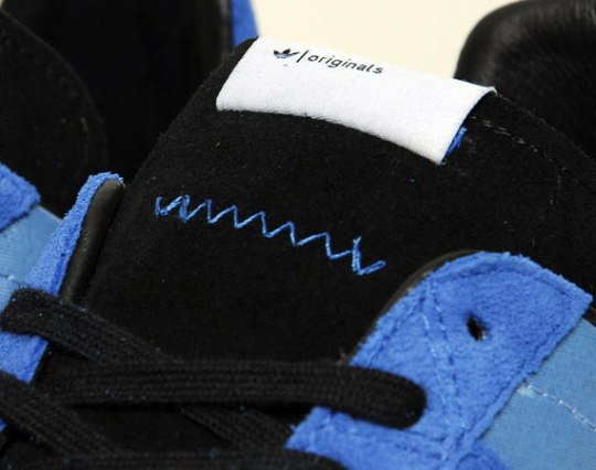 adidas Originals Resplit Low – Bluebird – Black – White