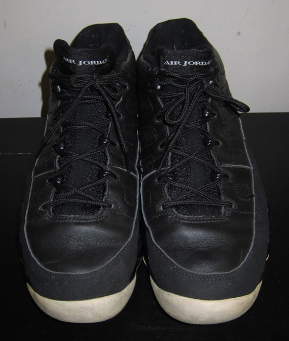 61ced40673ba chic Air Jordan IX Low Mike Bibby Sacramento Kings Away PE ...