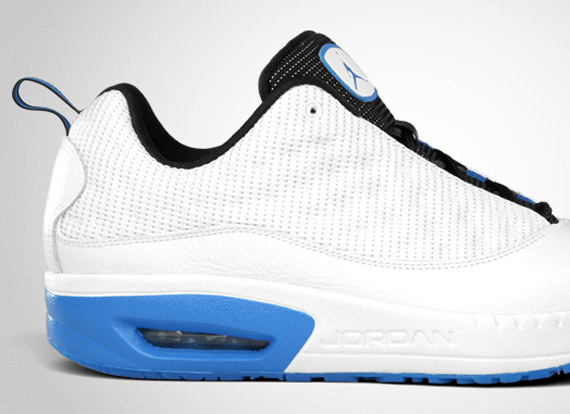 jordan cmft viz air 13 white\/italy blue-black hair