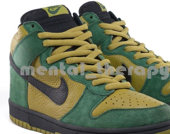 brand new 11807 0608b Nike SB Dunk High - Hulk  Leather Sample on eBay - SneakerNe
