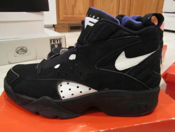 separation shoes 10fca d9c10 Nike Air Maestro 2 – Black – White – Lapis  OG Pair on eBay