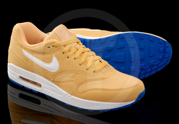 86a245a2d3 Nike Air Max 1. Honeycomb/White-Blue Spark 308866-700. Advertisement. show  comments
