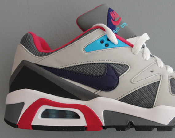 Nike WMNS Air Structure Triax  91 - Cool Grey - Ink - Tech Grey ... d595aec9a