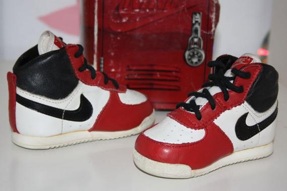 Nike Baby Jordan 1 - OG Pair on eBay - SneakerNews.com