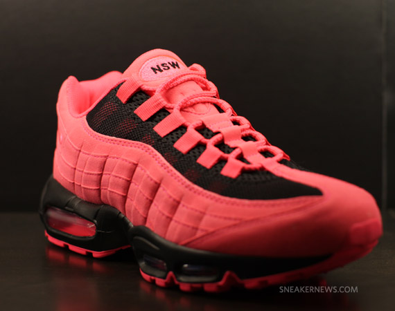 Air Max 95 iD is available on Nike iD now! Load .