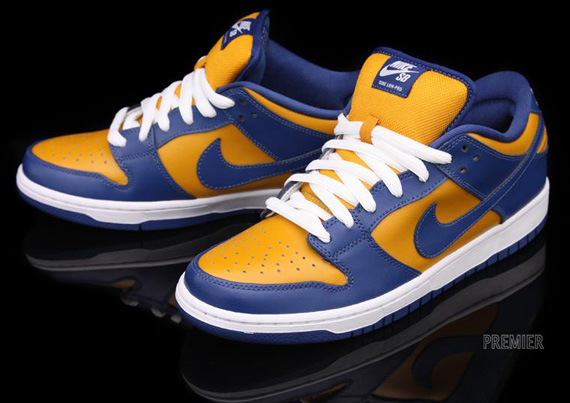huge discount 60c71 0266a Nike SB Dunk Low Pro Sunset French Blue 304292-704. Advertisement. show  comments