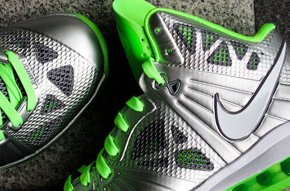 check out 1e6e5 ddb1a Nike LeBron 8 P.S.  Dunkman  – Available in Asia