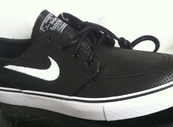 new collection watch hot product Nike SB Zoom Stefan Janoski - Black Perf - SneakerNews.com