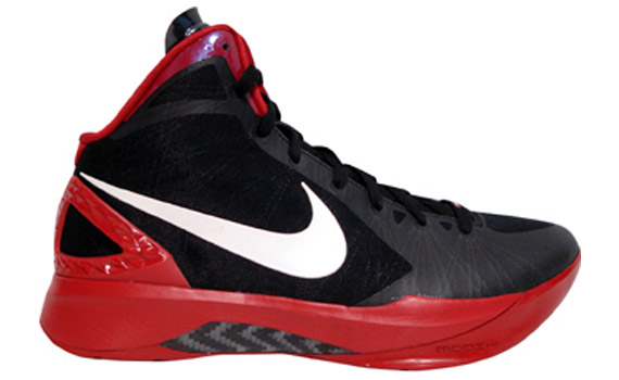 nike zoom hyperdunk 2011 tb black white red