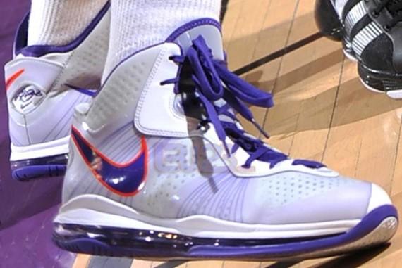 Nike LeBron 8 V/2 – Diana Taurasi Mercury Home PE