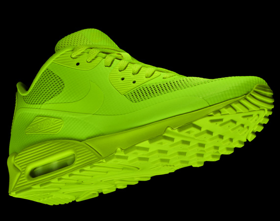 neon green nike air max 90 hyperfuse
