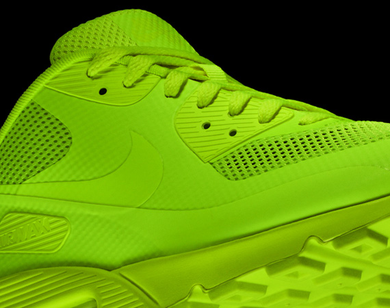 Nike Air Max 90 Hyperfuse - Upcoming Colorways - SneakerNews.com f51a392c0c