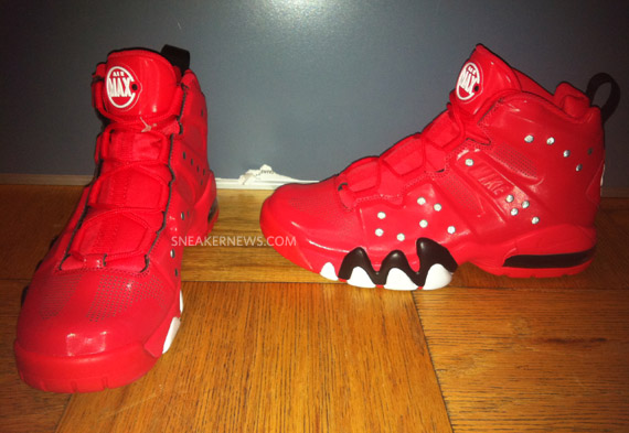 334c275f7a3 on sale Nike Air Max Barkley Action Red Sample on eBay - molndalsrev.se