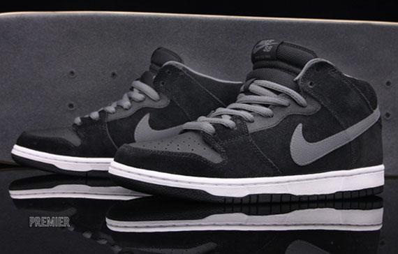 later half price genuine shoes Nike SB Dunk Mid - Black - Light Graphite - Griptape ...