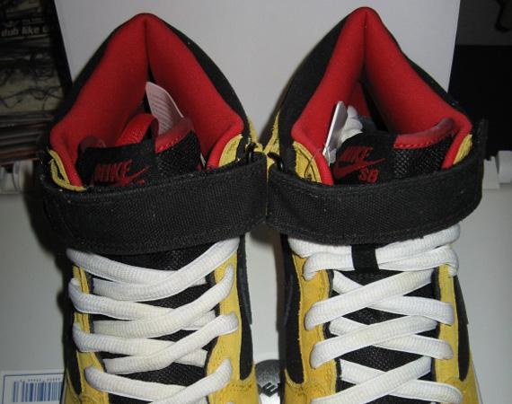 in stock d4e9f 8eb24 Nike SB Dunk Mid 'Wu-Tang' - Sample on eBay - SneakerNews.com