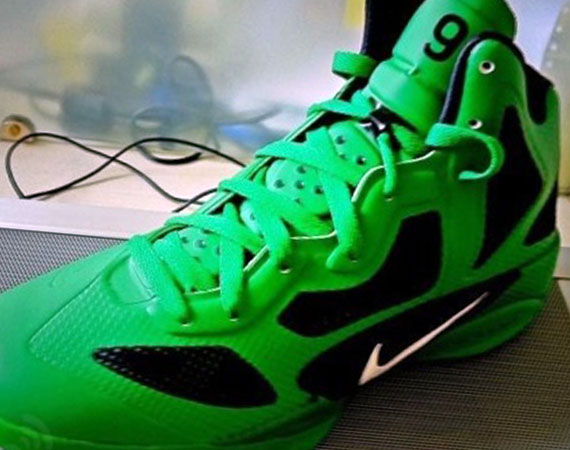 f6df1bb48aec ... Nike Zoom Hyperfuse Rajon Rondo Shoes White Lucky Green- more shoes I  want! love