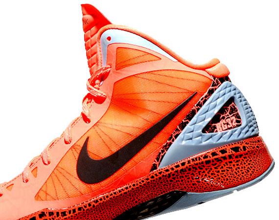 316bebe2631 Nike Zoom Hyperdunk 2011 - Blake Griffin  10.0  PE - New Images -  SneakerNews.com