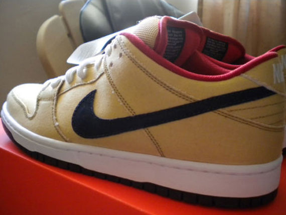 info for b0268 f3fa7 Nike SB Dunk Low 'Gold Dust' - Sample on eBay - SneakerNews.com