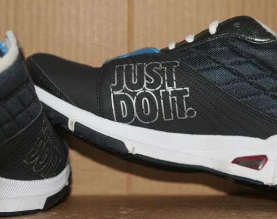 Nike WMNS 'JUST DO IT' Running Shoe - Unreleased Sample ...