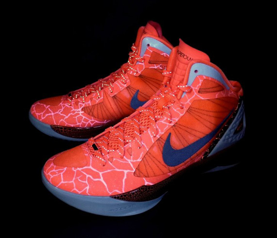 watch c7ee2 51136 Nike Zoom Hyperdunk 2011 Supreme Galaxy Blake Griffin PE 469776-301 ...