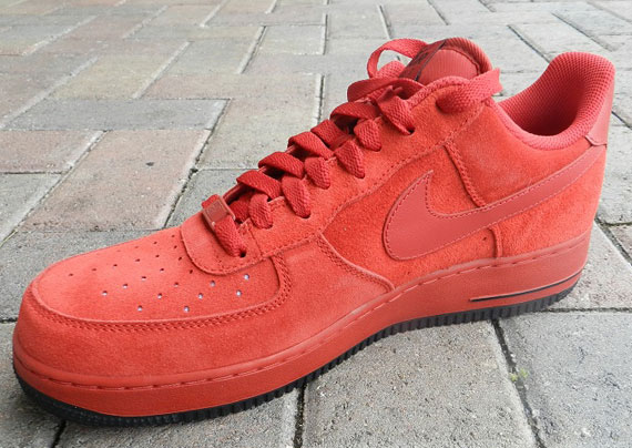 Nike Air Force Suede Red