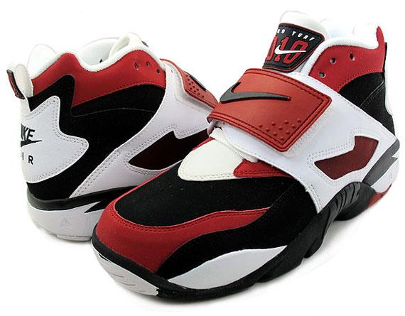 sale retailer 34a75 74278 Nike Air Diamond Turf – Black – Varsity Red – White